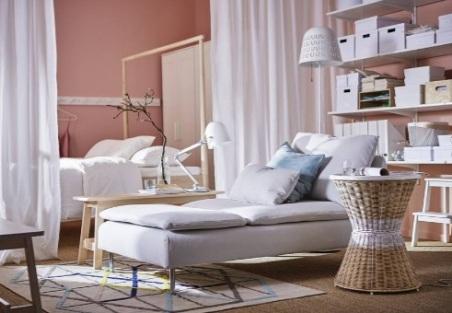 Многофункциональный стол в маленькой квартире