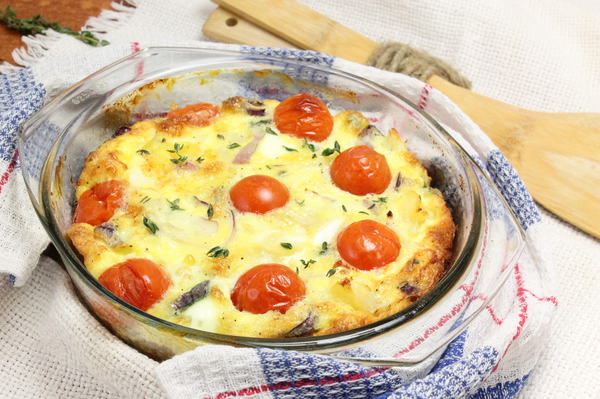 Омлет с картошкой и помидорами в духовке