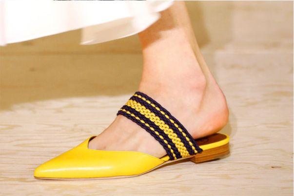 Летняя обувь. Бабуши