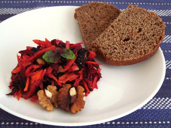 salat-iz-morkovi-i-svekly22