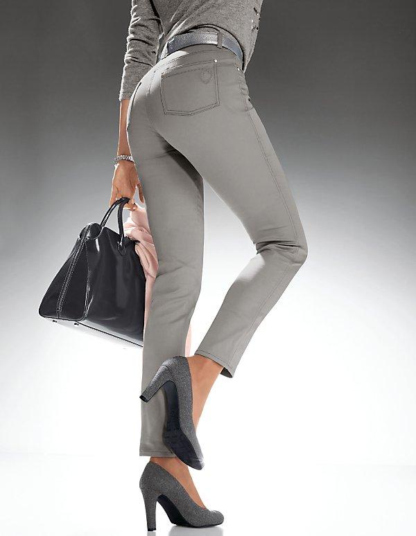 Какие джинсы должны быть в вашем шкафу