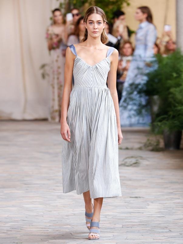 Летнее платье в полоску от Luisa Beccaria
