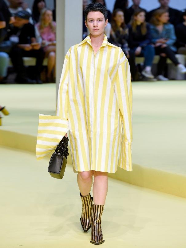 Платье в желтую полоску от Marques' Almeida