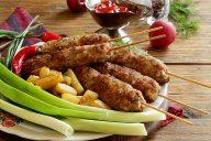 Люля-кебаб из курицы и говядины