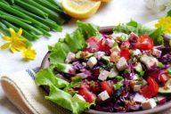Салат с краснокочанной капустой
