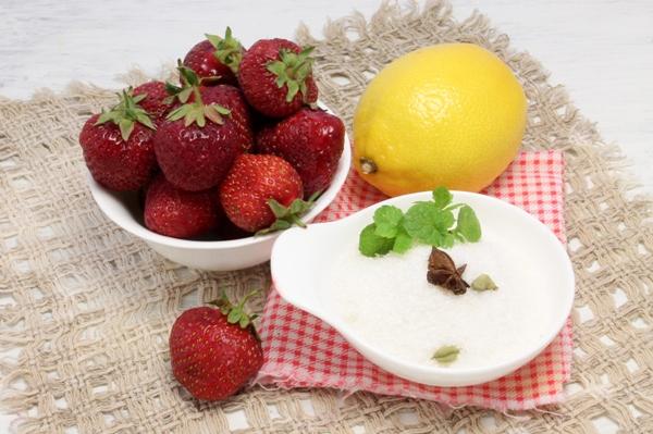 Вкусный клубничный джем - ингредиенты