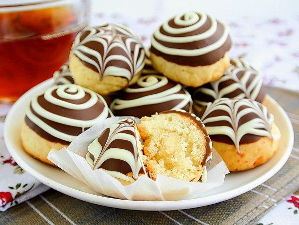 Творожное печень с шоколадной начинкой