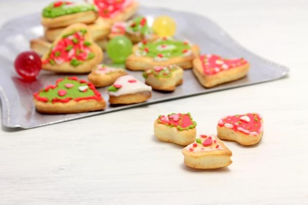 Печенье с глазурью из творожного теста - шаг 10