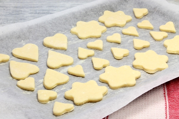 Печенье с глазурью из творожного теста - шаг 6