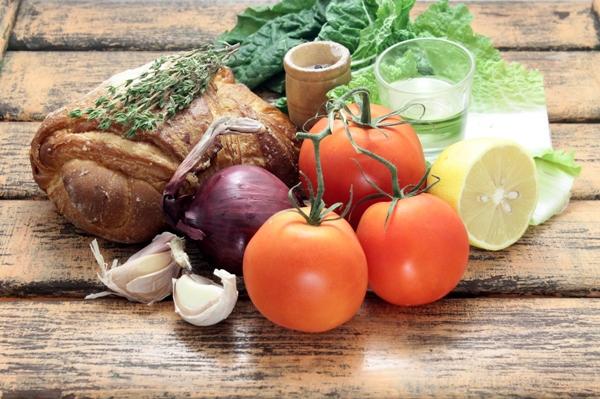 Салат панцанелла - ингредиенты