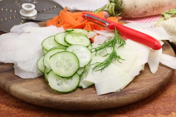 Карпаччо из овощей - шаг 1