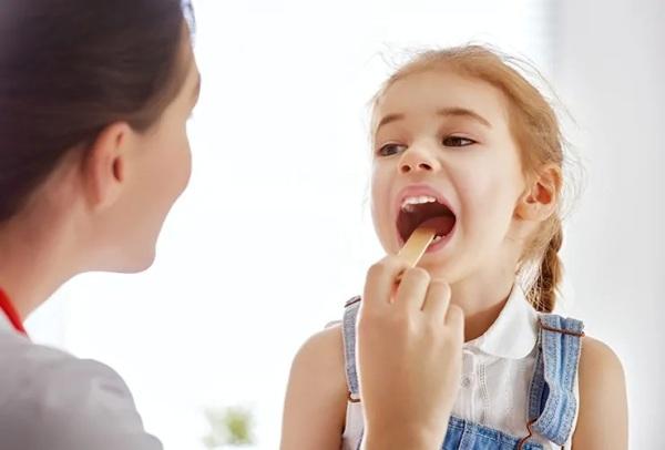 tonsillit