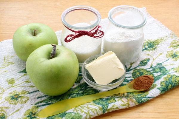 Ингредиенты для яблочного крамбла